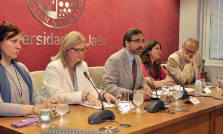 La UJA reúne en un libro los perfiles de 55 de las 1.500 personas tituladas en los 25 años de Estudios Ingleses en Jaén
