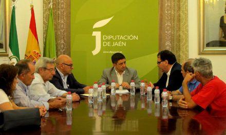 El presidente de la Diputación se reúne con la Federación de Asociaciones de Vecinos Ciudadanos por Jaén