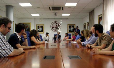La Universidad de Jaén y Santander Universidades conceden 20 becas a personal docente e investigador para formación lingüística en instituciones extranjeras