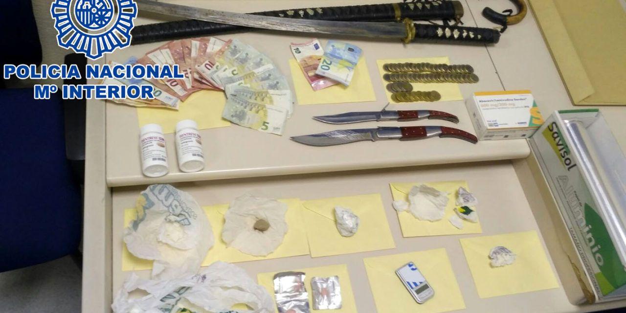 La Policía Nacional detiene en Jaén a un hombre por suministrar sustancias estupefacientes a toxicómanos