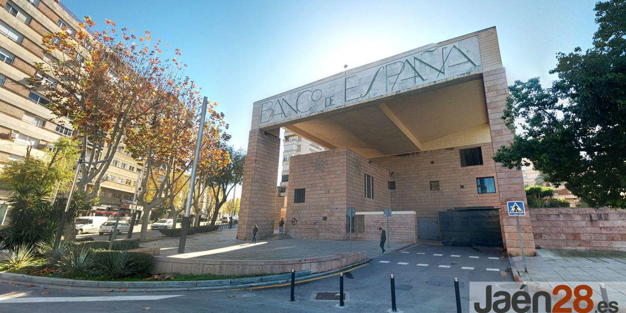 La Sala de Exposiciones Edificio Moneo acoge la exposición de pintura 'Trayectoria' del pintor artístico jiennense Francisco Valenzuela