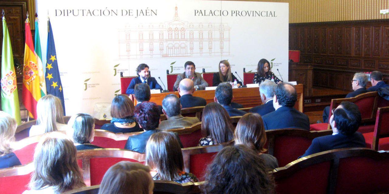 Francisco Reyes valora la labor de secretarios, interventores y tesoreros en la modernización de los municipios jiennenses