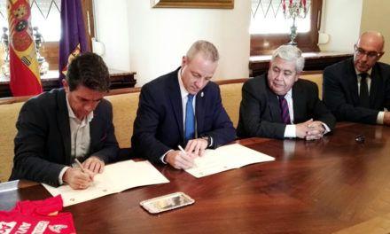 La Real Federación Española de Balonmano llevará la marca Jaén y su aceite de oliva en los eventos internacionales