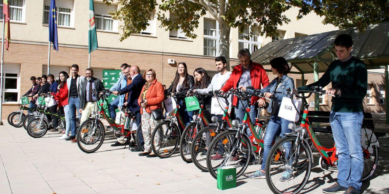 La Universidad de Jaén promueve la movilidad urbana sostenible en bicicleta eléctrica