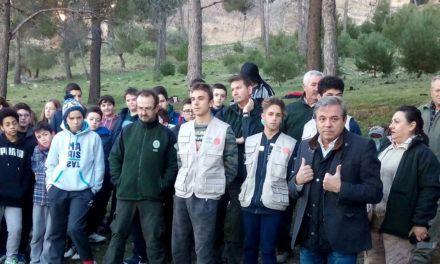 Escolares de Jaén colaboran en la reforestación del Monte Santa Catalina