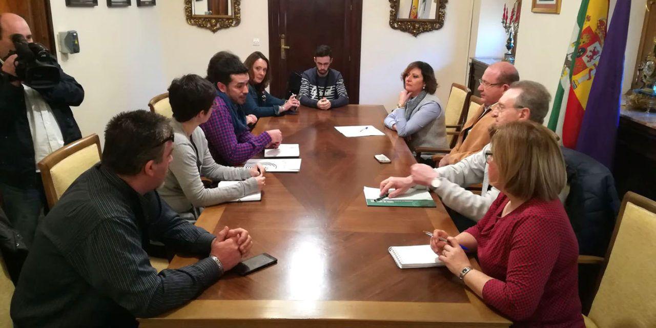 JeC y Ayuntamiento se reúnen para poner en marcha el programa 'Envejecer con dignidad'