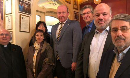 Primer encuentro con el jurado del I Premio Internacional a la Paz y a la Concordia Hasday Ben Shaprut