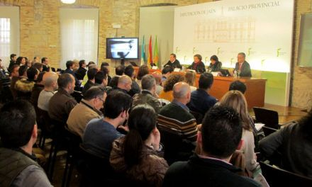 Diputación ofrece a los consistorios un sistema para quela Policíalocal sepa cómo actuar ante casos de violencia de género