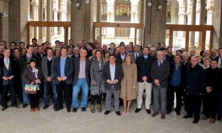 La Diputaciónacoge la firma de un manifiesto en defensa del panel de catas de los aceites de oliva