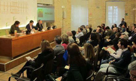Reyes destaca el compromiso de la Diputación con la cultura en la presentación del número 13 dela revistaParaíso