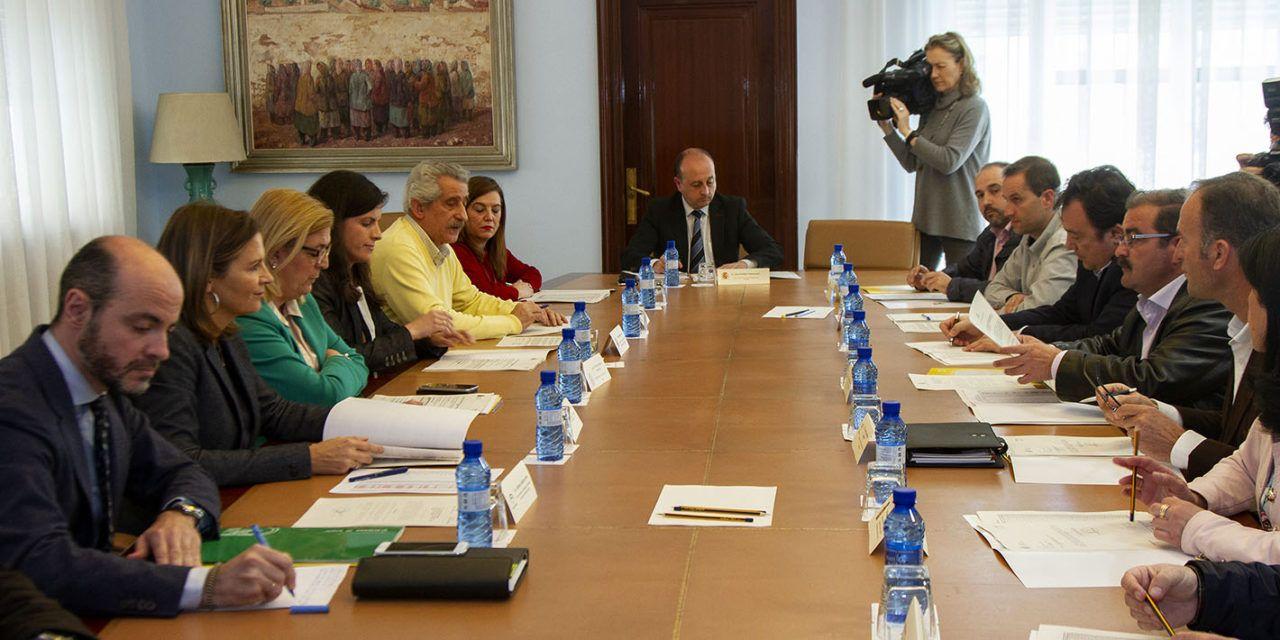 La Junta destinará 6,69 millones de euros para la adquisición de materiales dentro del Programa de Fomento de Empleo Agrario