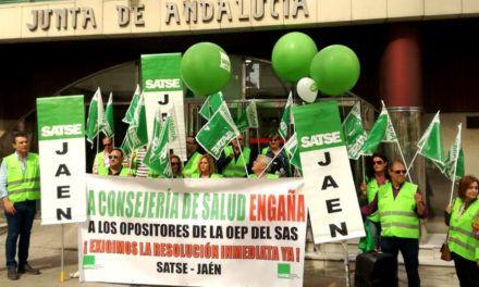 Satse Jaén protesta por el retraso y el caos en la resolución de las oposiciones en el Servicio Andaluz de Salud