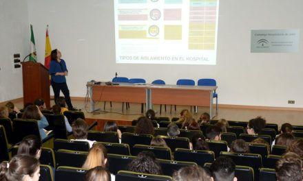 Cerca de cien alumnos de Formación Profesional hacen sus prácticas durante este curso en el Complejo Hospitalario de Jaén