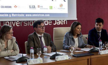 Inaugurado del Congreso internacional ´Amnistías y Justicia Transicional´que organiza la UJA