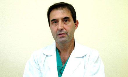 El jefe de Urología del Hospital de Jaén participa en un trabajo de investigación premiado en un congreso nacional de su especialidad