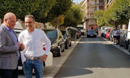 Mejoras y asfaltado en la calle La Luna
