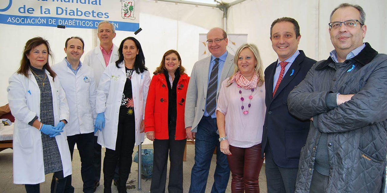 Más de un centenar de personas participan en las actividades del Colegio de Farmacéuticos de Jaén en el Día Mundial de la Diabetes