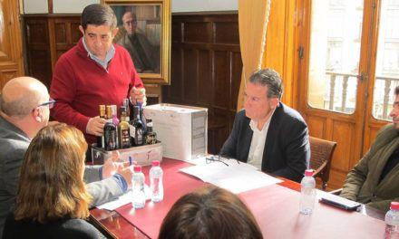 Diputación y los productores de los Jaén Selección 2019 perfilan las acciones promocionales que realizarán este año