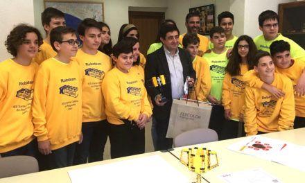 Diputación colaborará con el equipo de robótica del IES Santa Catalina para su participación en la final de la First Lego League