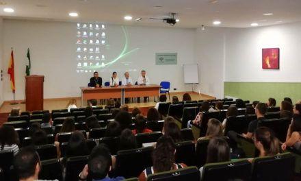 El Hospital de Jaén formará a 39 especialistas que inician su aprendizaje