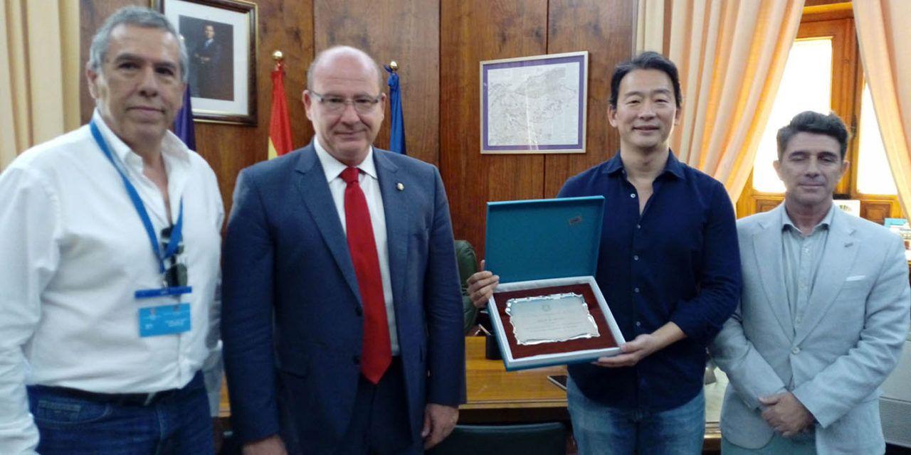 Jaén reconoce al gran maestro de taekwondo, Jeun II-Hung tras conseguir el 10º DAN a título póstumo
