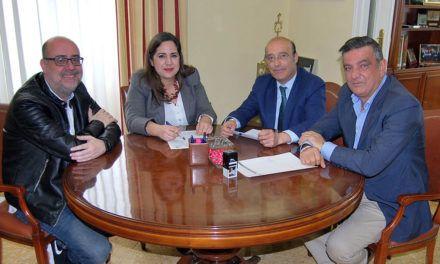 Firma de convenio entre la spin-off de la UJA 'Lazos' y el Ilustre Colegio de Abogados de Jaén en el ámbito jurídico familiar