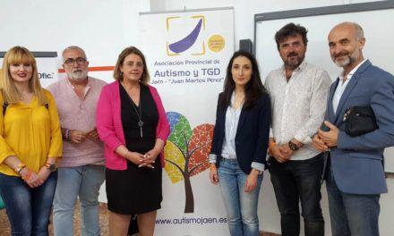 Cs Jaén se compromete a ofrecer una atención integral a las personas del colectivo LGTBI que sufran rechazo por su familia