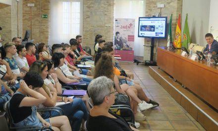 30 jóvenes que han realizado prácticas en la UE de manos de Diputación reciben orientación para acceder al mercado laboral