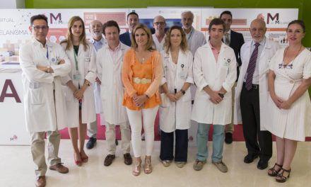 El Hospital de Jaén acoge la campaña 'M de Melanoma' para concienciar sobre su prevención