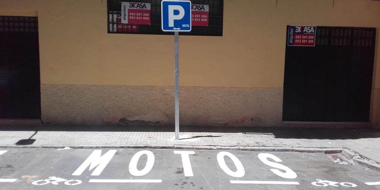 Jaén habilita una nueva zona de estacionamiento para motocicletas en el Paseo de la Estación