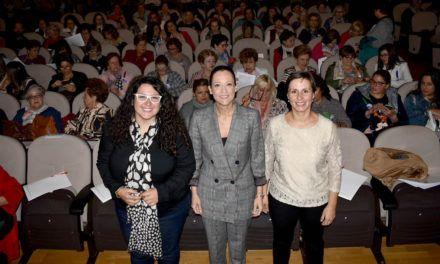 El IAM reúne en Jaén a más de 200 mujeres del medio rural para analizar y visibilizar el trabajo fundamental que desempeñan