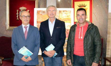 """José Ángel Marín presenta su libro """"Sala de columnas"""" en el Colegio de Abogados de Jaén"""