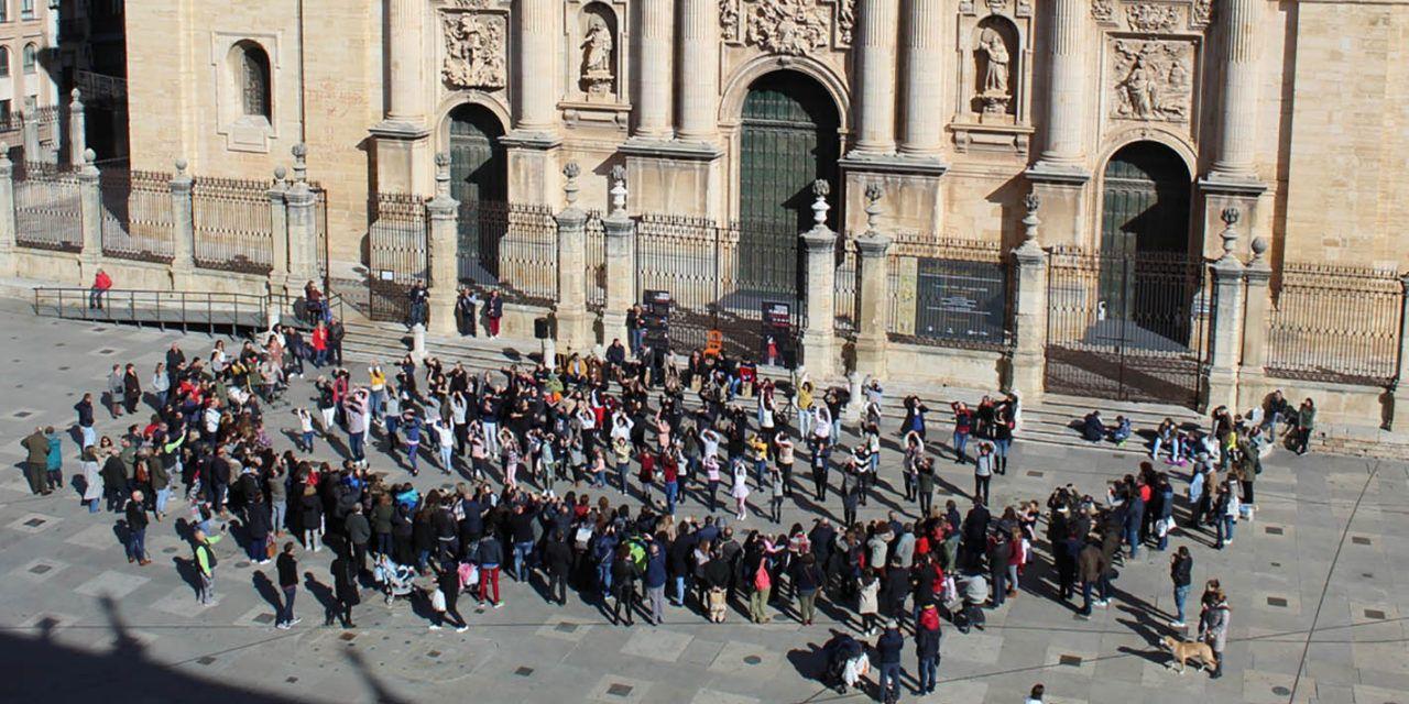 Un gran 'flashmob' flamenco en la Plaza de Santa María