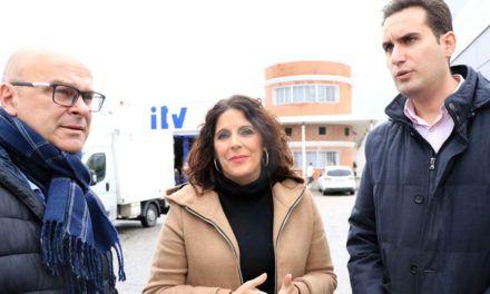 """El PSOE acusa a la Junta de """"colapsar intencionadamente"""" las ITV de la provincia"""