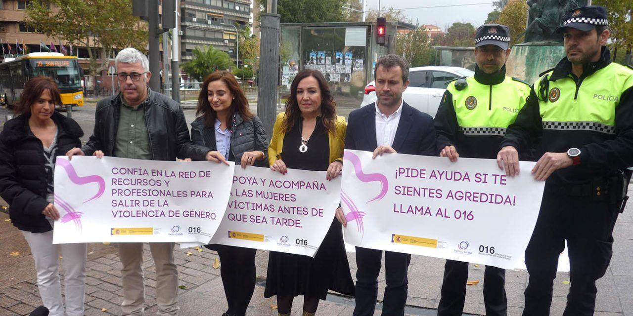 """Catalina Madueño anima a mantener la lucha contra """"la lacra social"""" de la violencia de género"""