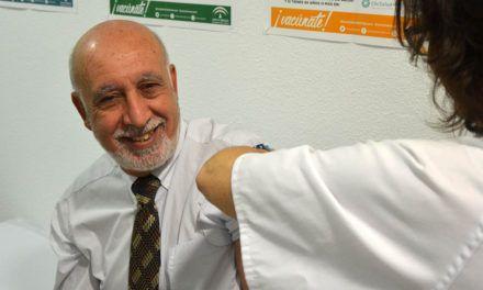 El Hospital de Jaén cuenta con 1.500 dosis para vacunar de la gripe a sus profesionales
