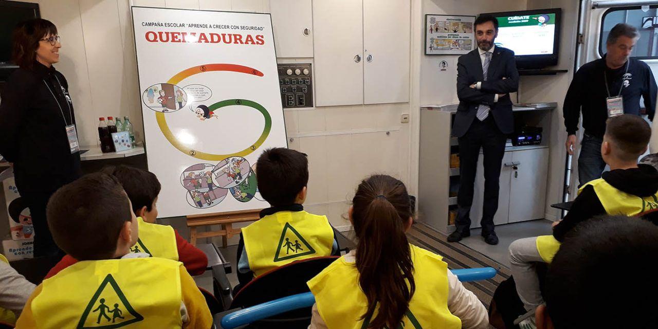 Más de 300 escolares aprenden en Feduca a detectar riesgos y saber cómo actuar ante un posible accidente