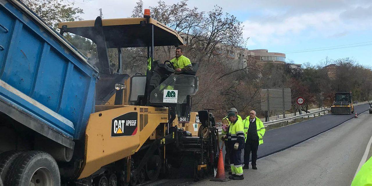 Obras de pavimentación y mejora de la seguridad de la carretera que une Jaén con Los Villares