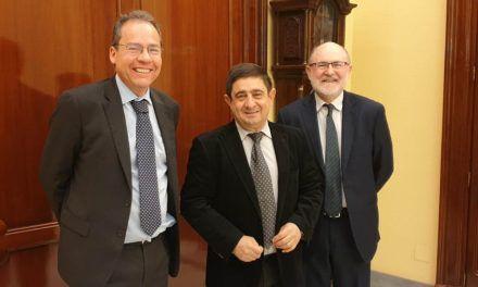 Francisco Reyes formaliza la compra por parte de la Diputación de Jaén de una acción del Grupo Tragsa