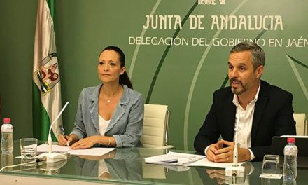 La Junta asegura que no se ha cerrado ninguna de las 91 oficinas que colaboran con la Agencia Tributaria de Andalucía