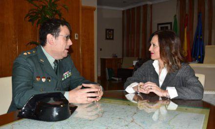 La delegada del Gobierno mantiene un encuentro con el nuevo jefe de la Comandancia de la Guardia Civil en Jaén