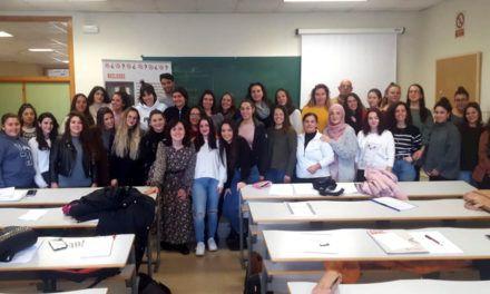 La UJA y Cáritas forman a alumnado universitario para realizar voluntariado en el Centro Penitenciario de Jaén