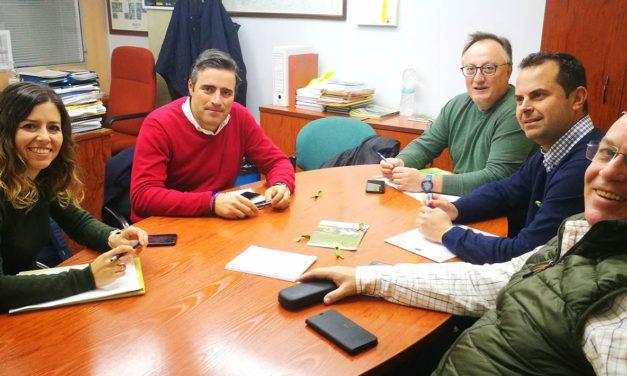 El sector olivarero llama a toda la provincia de Jaén a  concentrarse masivamente en los pueblos, el próximo  24 de febrero, en defensa del aceite