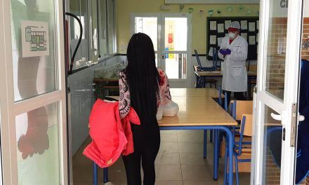 CRISIS CORONAVIRUS | Educación continúa ofreciendo las tres comidas diarias a escolares jiennenses en riesgo de exclusión social