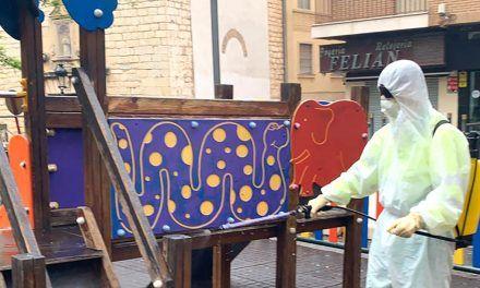 CRISIS CORONAVIRUS | Jaén intensifica la limpieza de sus calles ante la salida de los niños y niñas