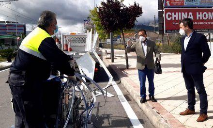 Jaén sigue con su plan de repintado de marcas viales