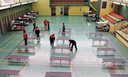 El Ayuntamiento cierra provisionalmente la ampliación del centro de transeúntes en el pabellón deportivo de La Salobreja al reducirse el número de usuarios