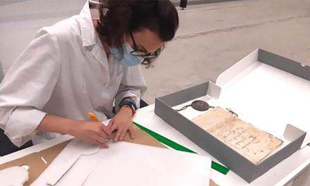 Diputación mejora las condiciones de conservación de documentos singulares de su Archivo Provincial