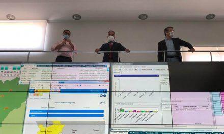 Elías Bendodo visita en Jaén las instalaciones del servicio de Emergencias 112 y de la Unidad de la Policía de la Comunidad de Andalucía