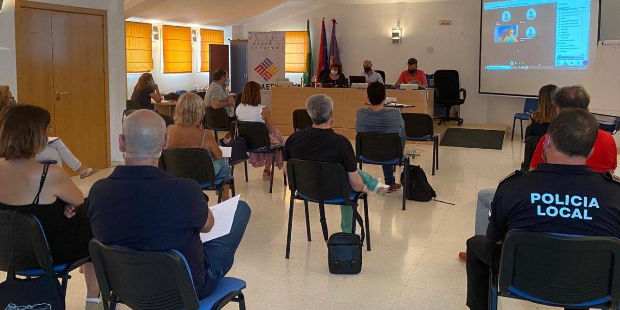 El concejal de Educación se reúne con los responsables de los centros docentes no universitarios de la capital para abordar la vuelta a la actividad educativa en septiembre